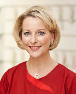 Daniela Mühlbach - Pharmazeutisch Technische Assistentin (PTA), Zertifizierte Phyto-PTA, Zertifizierte Aromaberaterin